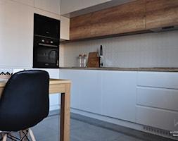 Metamorfoza domu jednorodzinnego,Wysoka-Zawiercie - Średnia zamknięta kuchnia w kształcie litery l, styl nowoczesny - zdjęcie od Architekt wnętrz Klaudia Pniak