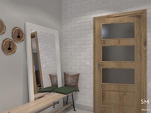 MYŚLIWSKO - Mały szary hol / przedpokój, styl rustykalny - zdjęcie od SM STUDIO Projektowanie wnętrz