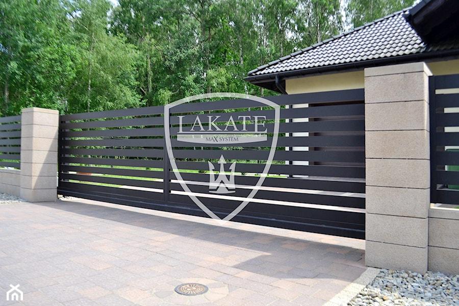 Bardzo dobry Brama przesuwna - zdjęcie od LAKATE Sp.z.o.o BRAMY I OGRODZENIA UH67