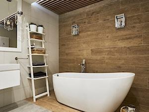 Nowoczesne wnętrze - Duża beżowa brązowa łazienka w domu jednorodzinnym jako salon kąpielowy, styl nowoczesny - zdjęcie od Vprojekt design by Weronika
