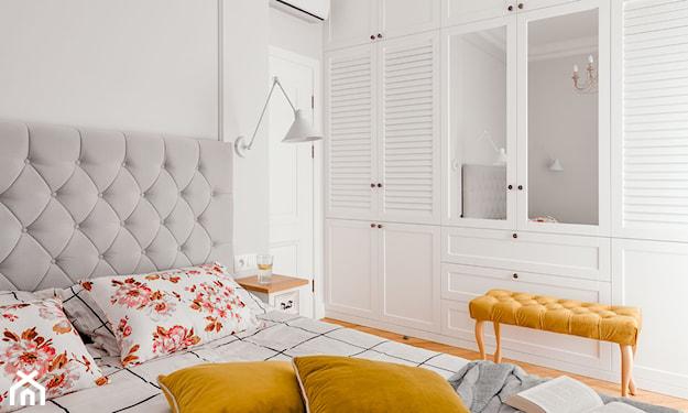 kolor musztardowy w sypialni