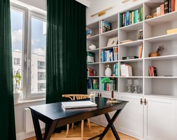 Realizacja Lipiec 2018 - Średnie białe biuro domowe kącik do pracy w pokoju, styl eklektyczny - zdjęcie od Vprojekt design by Weronika - Homebook