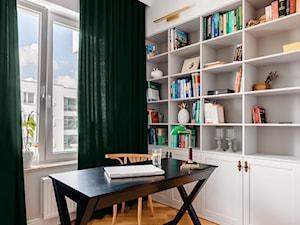 Realizacja Lipiec 2018 - Średnie białe biuro domowe kącik do pracy w pokoju, styl eklektyczny - zdjęcie od Vprojekt design by Weronika