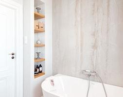 Realizacja Lipiec 2018 - Mała szara łazienka w bloku w domu jednorodzinnym bez okna, styl eklektycz ... - zdjęcie od Vprojekt design by Weronika - Homebook