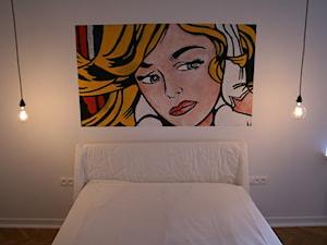 Secesyjna kamienica w centrum Warszawy - Średnia biała sypialnia dla gości, styl eklektyczny - zdjęcie od lorenc agnieszka