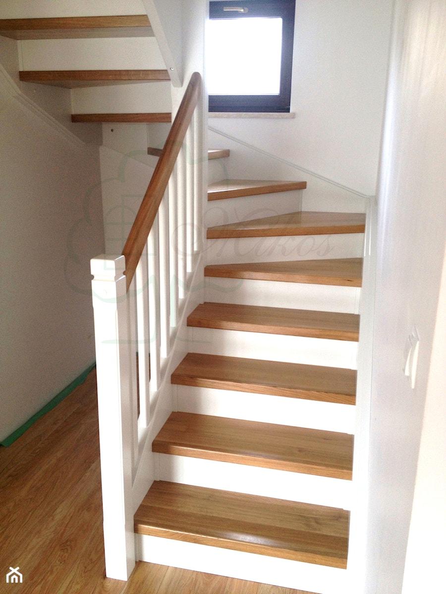 Groovy Schody drewniane w stylu angielskim, Projekt wnętrza mieszkalnego VE35