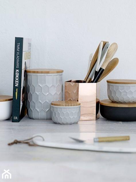 Ceramiczne Pojemniki Kuchenne Z Bambusową Pokrywką 3 Szt