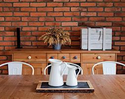 Ursynów - Średnia otwarta brązowa jadalnia w salonie - zdjęcie od Qbik Design - Homebook