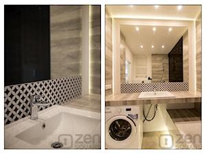 BLACK & WHITE - Mała biała czarna łazienka na poddaszu w bloku w domu jednorodzinnym bez okna - zdjęcie od studio wnętrz URBAN-DESIGN
