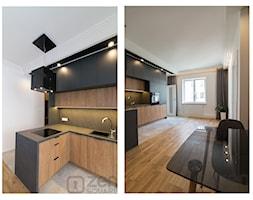CZARNY MAT - Duża otwarta biała czarna kuchnia w kształcie litery l w aneksie z oknem - zdjęcie od studio wnętrz URBAN-DESIGN