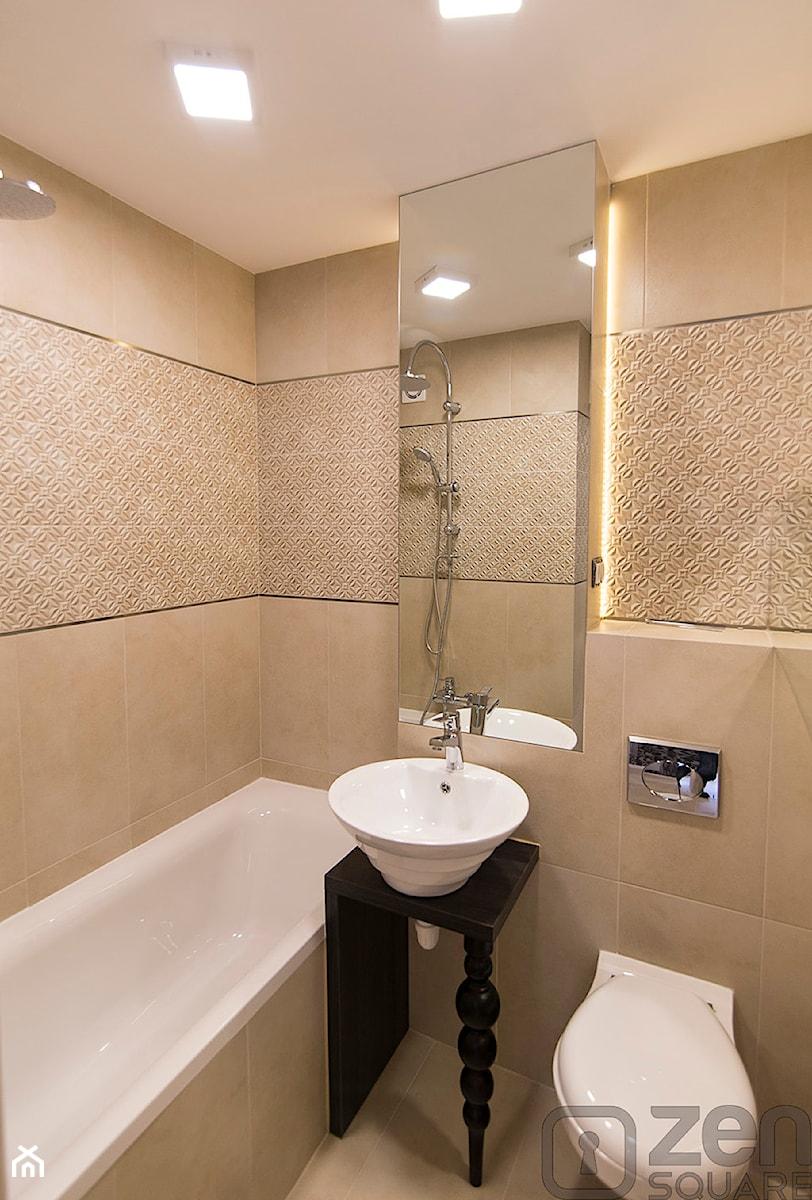 METAMORFOZA KAWALERKI - Średnia beżowa łazienka bez okna, styl minimalistyczny - zdjęcie od studio wnętrz URBAN-DESIGN
