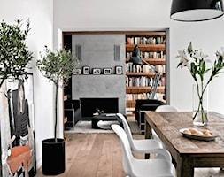 Dom pod Warszawą - Średnia otwarta biała jadalnia jako osobne pomieszczenie, styl nowoczesny - zdjęcie od Anyform