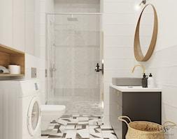Przytulna kawalerka na Ursynowie - Mała biała łazienka na poddaszu w bloku w domu jednorodzinnym be ... - zdjęcie od Decoroso Architektura Wnętrz - Homebook