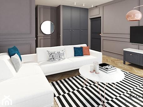 Aranżacje wnętrz - Salon: Apartament Na Mokotowie, 86,4 M² - Decoroso Architektura Wnętrz. Przeglądaj, dodawaj i zapisuj najlepsze zdjęcia, pomysły i inspiracje designerskie. W bazie mamy już prawie milion fotografii!