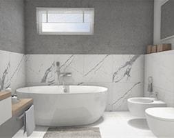 Łazienka z wanną wolnostojącą - Mała biała szara łazienka na poddaszu w bloku w domu jednorodzinnym z oknem, styl nowoczesny - zdjęcie od Projekty Wnętrz LAURA KOZAK
