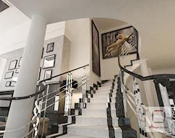 Gęsta przestrzeń luksusu - Schody, styl nowojorski - zdjęcie od Mirage Studio