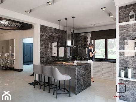 Aranżacje wnętrz - Kuchnia: Gęsta przestrzeń luksusu - Średnia otwarta szara kuchnia w kształcie litery g w aneksie z oknem, styl nowojorski - Mirage Studio. Przeglądaj, dodawaj i zapisuj najlepsze zdjęcia, pomysły i inspiracje designerskie. W bazie mamy już prawie milion fotografii!