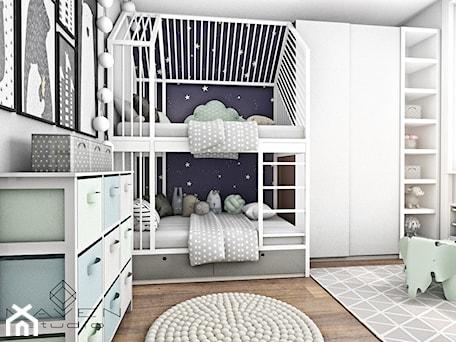 Aranżacje wnętrz - Pokój dziecka: Metamorfoza pokoju dziecięcego - Maven Studio Architektura Wnętrz. Przeglądaj, dodawaj i zapisuj najlepsze zdjęcia, pomysły i inspiracje designerskie. W bazie mamy już prawie milion fotografii!