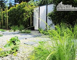 Ogród z paleniskiem - zdjęcie od Ogrodowe Szaleństwo - Homebook