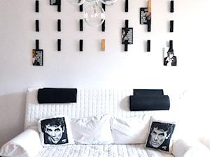 Ściana ze spinaczami