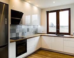 Kuchnia biel i drewno Bydgoszcz - zdjęcie od Smart Design Sara Tokarczyk