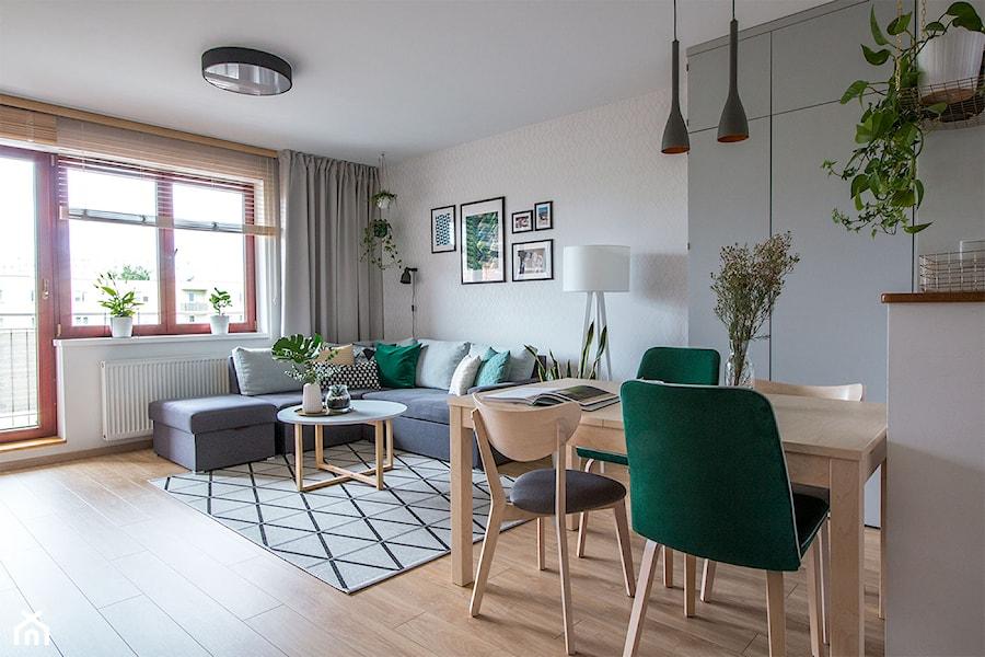 Salon z jadalnią w Gdańśku - Średni beżowy salon z jadalnią, styl skandynawski - zdjęcie od Inkadr