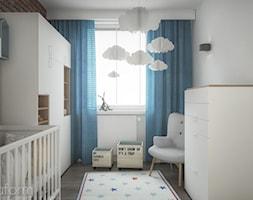 Mieszkanie 2+1. - Mały biały pokój dziecka dla chłopca dla dziewczynki dla niemowlaka, styl skandynawski - zdjęcie od hexaform
