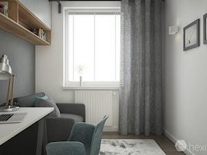 Mieszkanie 2+1. - Małe szare białe biuro kącik do pracy w pokoju, styl skandynawski - zdjęcie od hexaform