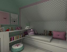 Pokój dziewczynki - Mały szary zielony pokój dziecka dla dziewczynki dla malucha dla nastolatka, styl skandynawski - zdjęcie od DECOLOOK
