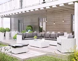 Letnie grillowanie - Duży ogród za domem w stylu skandynawskim zadaszony przedłużeniem dachu - zdjęcie od Garden Space