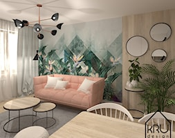 Salon - Mały brązowy kolorowy salon z jadalnią - zdjęcie od KRU design