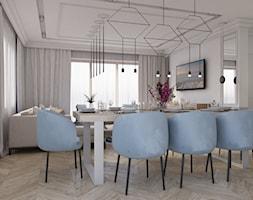 Dom pod Legionowem - Duża otwarta szara jadalnia w salonie - zdjęcie od CZYSTA FORMA - Homebook