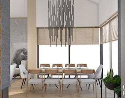 Dom pod Włodawą - Średnia otwarta biała szara jadalnia jako osobne pomieszczenie - zdjęcie od CZYSTA FORMA