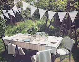 Średni ogród za domem tropikalny - zdjęcie od Marideko przytulny dom
