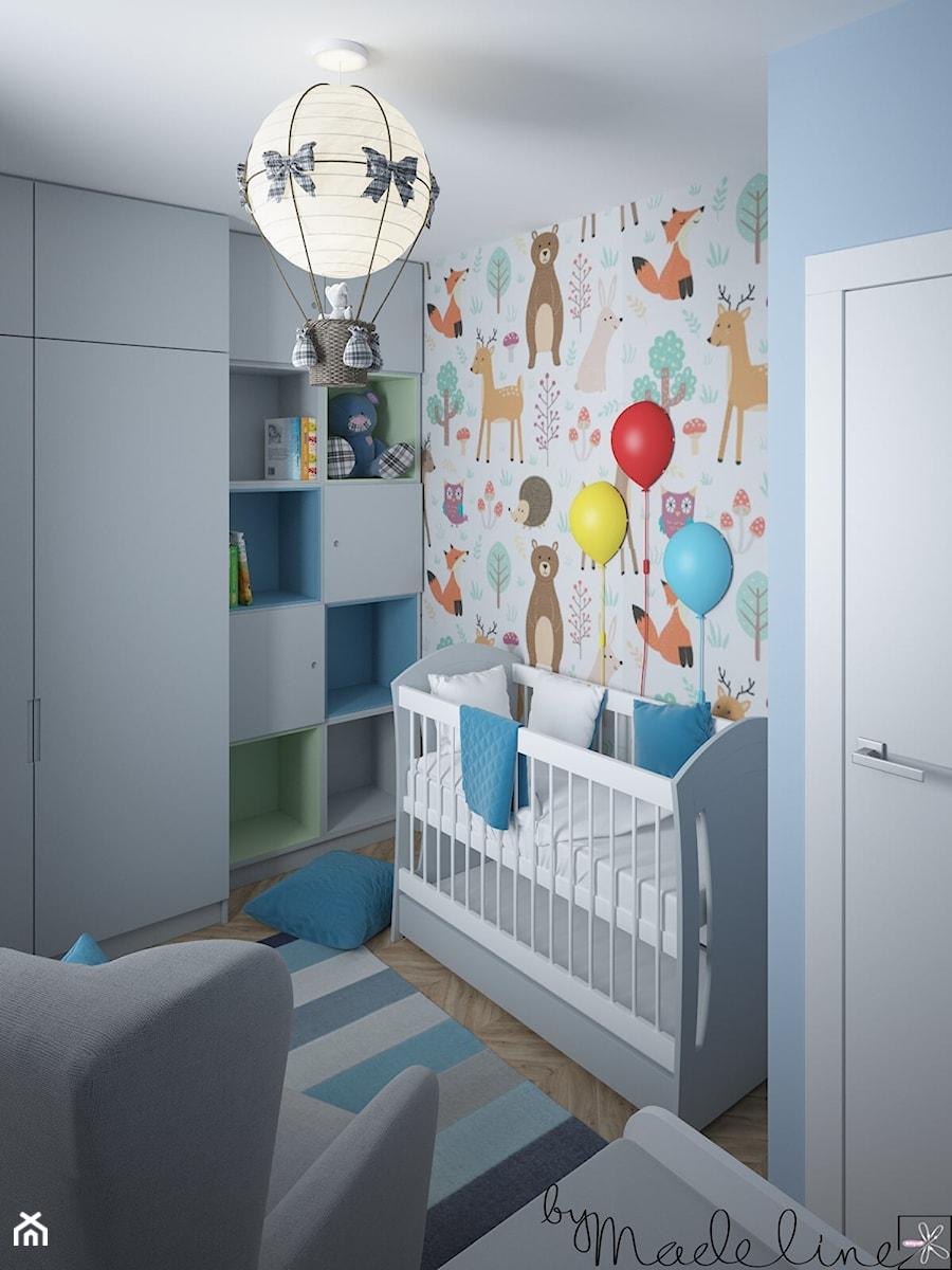 Mały apartament dwupoziomowy - Mały biały niebieski pokój dziecka dla chłopca dla niemowlaka, styl nowoczesny - zdjęcie od byMadeline Projektowanie Wnętrz
