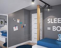 Duży dom w Warszawie - Średni biały szary pokój dziecka dla chłopca dla dziewczynki dla malucha dla nastolatka, styl skandynawski - zdjęcie od Szkic Design - Projektowanie wnętrz