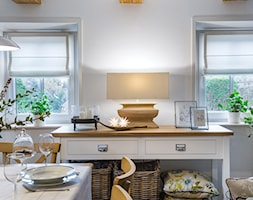 Dom przysłupowy - Średnia otwarta szara jadalnia w salonie, styl rustykalny - zdjęcie od Beata Szczudrawa projektowanie wnętrz