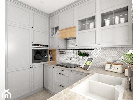 Aranżacje wnętrz - Kuchnia: Kamienny Dom - Mała biała kuchnia w kształcie litery u z oknem, styl klasyczny - Beata Szczudrawa projektowanie wnętrz. Przeglądaj, dodawaj i zapisuj najlepsze zdjęcia, pomysły i inspiracje designerskie. W bazie mamy już prawie milion fotografii!