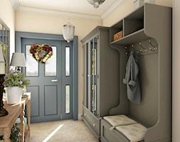 Dom z prowansalskim akcentem - Mały beżowy hol / przedpokój, styl prowansalski - zdjęcie od Beata Szczudrawa projektowanie wnętrz