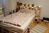 łóżka z palet podświetlane