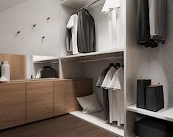 Garderoba w domu w Pniowie autorstwa pracowni Spacja Studio - zdjęcie od Spacja Studio