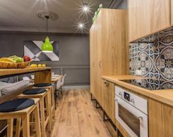 ArtEco - Duża otwarta kuchnia jednorzędowa, styl eklektyczny - zdjęcie od RB ARCHITECTS