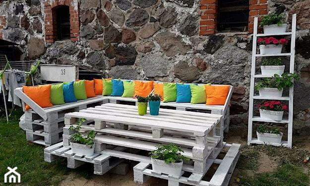 jak zrobić meble ogrodowe z palet
