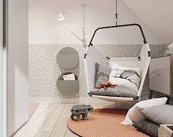 P_01_2018_POZNAŃ - Mały biały beżowy pokój dziecka dla chłopca dla dziewczynki dla malucha, styl minimalistyczny - zdjęcie od KREOWNIA studio projektowe