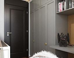 MO Kraków Apartment - Mały szary pokój dziecka dla chłopca dla dziewczynki dla nastolatka, styl nowojorski - zdjęcie od STELLARstudio