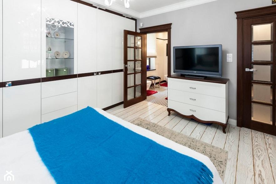 Sypialnia - Mała szara sypialnia małżeńska - zdjęcie od ARTDOM Pracownia Projektowa Renata Modrzyńska-Kasiak - Homebook