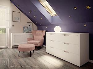 Nowonarodzony dom - Średni beżowy fioletowy pokój dziecka dla dziewczynki dla nastolatka, styl nowoczesny - zdjęcie od Nela Just ARCHITEKTURA WNĘTRZ