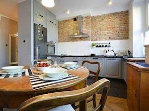 Kuchnia z cegłą OD NOWA meble - zdjęcie od OD NOWA
