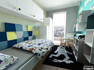 Pokój miłośnika aut, wariant 2 - Mały szary zielony pokój dziecka dla chłopca dla malucha, styl nowoczesny - zdjęcie od Strzelecka Design
