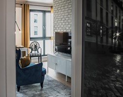 Mieszkanie z widokiem na most Grunwaldzki we Wrocławiu - Hol / przedpokój, styl industrialny - zdjęcie od Strzelecka Design - Homebook